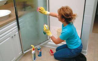 Чем отмыть стекла в душ кабине