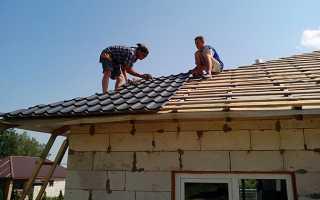Как монтировать крышу из металлочерепицы