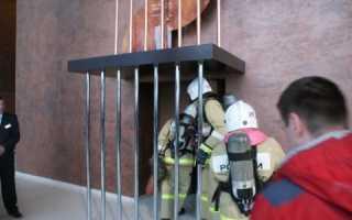 Наличие лифтов для транспортировки пожарных подразделений