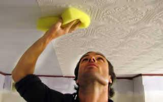 Клеим обои на потолок своими руками